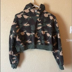 Long Sleeve Camouflage Crop Top